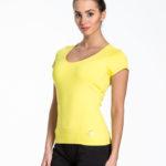 pol_pl_Zolty-t-shirt-sportowy-basic-165587_4